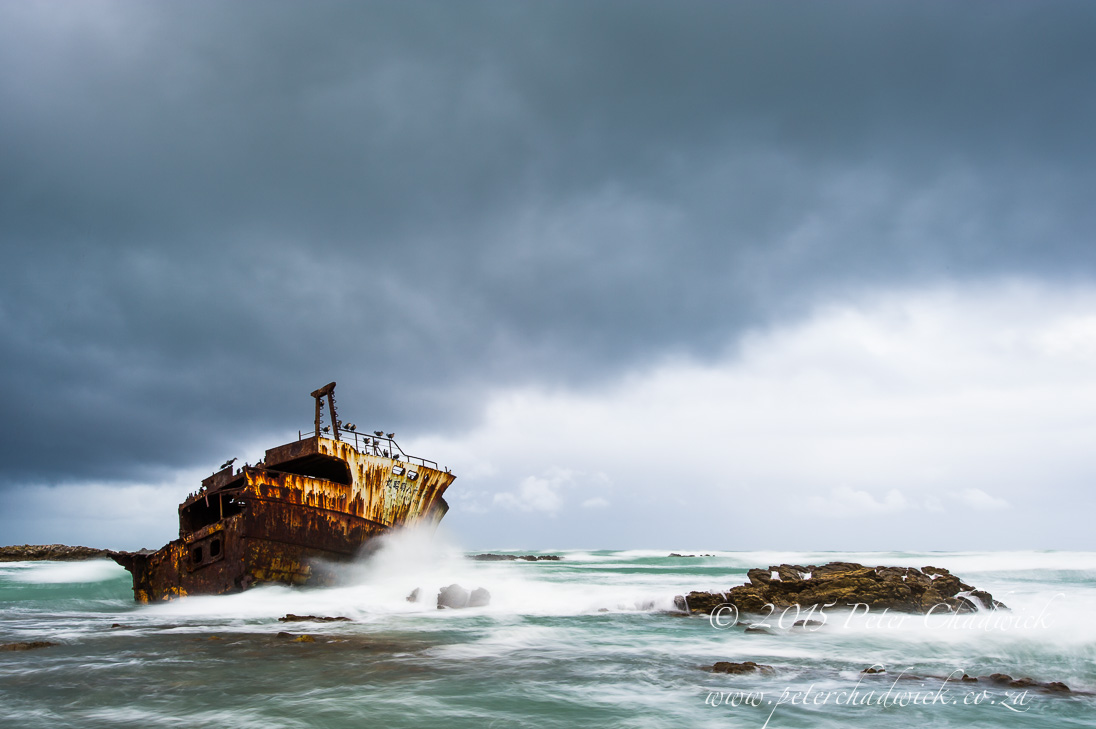 Ship wreck and storm_©PeterChadwick_AfricanConservationPhotographer